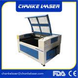 El corte láser máquina de CNC para la puerta de madera de bambú de cuero metalizado