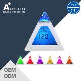 Promoção 7 cores Alterando luz de fundo LED Despertador Digital com incandescência