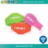 Bracelet fait sur commande de silicones d'IDENTIFICATION RF du code Ntag213 de Qr