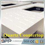 Het Wit van Carara zoals Betaalbare Countertops van het Kwarts met Aangepaste Grootte