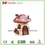 De nieuwe MiniatuurPaddestoel van de Tuin van de Fee met het Standbeeld van het Huis van het Plattelandshuisje van de Deuren van Vensters voor de Decoratie van het Gazon