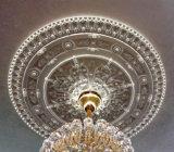 Il soffitto dell'unità di elaborazione Cornices l'unità di elaborazione che modella /PU che illumina i medaglioni del soffitto dei medaglioni