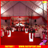 Forme incurvée de luxe à l'extérieur couvert de l'événement de tentes pour 500 personnes Partie Activité