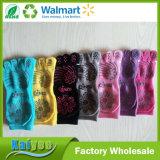 Носки перста Stock имеющегося Multicolor носка йоги полные