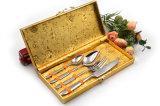 Подарок комплекта обеда Flatware золота Rose Cutlery нержавеющей стали 430 установленный