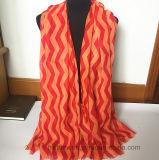 Preiswerter Form-Strand-Schal des Polyester-2017 mit Wellen-Entwurf (HW23)