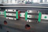 Центр машины CNC создателя прессформы металла с изменителем инструмента 8 шлицев (FD-560A)