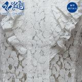 Graue kurze Hülse V-Stutzen Perspektive-Aushöhlen-herausblumen-Spitze-reizvolle Bluse
