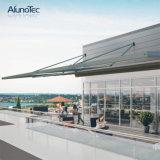 옥외 지역을%s 자동화한 철회 가능한 Pergola 지붕을 비바람에 견디게 하십시오