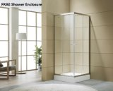 Quarto de banho com chuveiro competitivo com bandeja de duche de acrílico