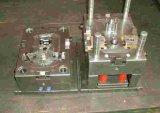 Name des Produktes 1.Mould: Sich verjüngendes Rollenlager<br />2. Präzisionshebel: P0 P5 P6<br />3. Dichtungsform: Öffnen, z, zz, RS, 2RS<br />4. Material: Lagerstahl, Kohlenstoffstahl, Edelstahl, etc.<br />5. Halter: Kupferner Rahmen, Nylonhalter-, Bohre
