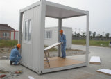 Contenedor de la norma ISO en casa con dormitorio y cocina