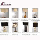 Lampe de table de chevet en tissu décoratif, lecture / lumière de métal, éclairage LED d'hôtel