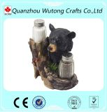 Las estatuillas decorativas caseras del oso refrescan sostenedores de la pimienta de la resina