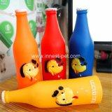 애완 동물 제품 맥주 병 모양 개 삐걱거리는 플라스틱 장난감