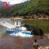 Haute capacité et de bon fonctionnement entièrement automatique de la récolteuse de mauvaises herbes aquatiques