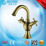 Mélangeur en laiton de bassin de l'eau de couleur d'or pour la salle de bains (BM-B14503L)