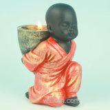 Mini meditazione da tavolino Buddha della resina della decorazione di ricchezza