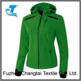 Куртка Softshell женщин для задействовать