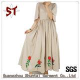 Moda Original OEM V-Pescoço vestido de pregas bordados