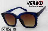 Óculos de sol grossos com o rebite sob o frame Kp70320