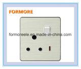 電気切替えられたソケット220V/15Aの壁スイッチソケット、スイッチが付いている/Wallのソケット