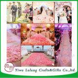 De Hand die van het Bloemblaadje van de Liefde van de Decoratie van de Zaal van het huwelijk de Bloemblaadjes van het Hart van de Simulatie van Bloemen werpt