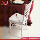 Содействие в стек металлические Кьявари Тиффани стул для свадебных ресторанов-событий