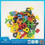 Lettere magnetiche educative prescolari dei giocattoli di alfabeto di numero e di inglese