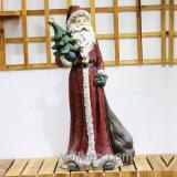 Le père noël décore et les statues grandeur nature de jardin de gnome