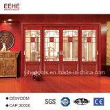 Chambre à coucher en bois avec le verre intérieur de porte coulissante