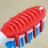 Maneta grande con el cepillo de dientes exportado producto de limpieza de discos de la lengüeta