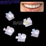 Uno mismo dental que liga Mbt claro 022 del SL del corchete con los ganchos de leva 345