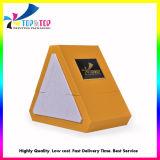 Caixa de oferta de perfume de forma triangular com placa de logotipo de Metal