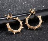 형식 창조적인 리베트 장식 못 귀걸이 금 색깔 마이크로 입방 지르코니아 기하학 여자를 위한 둥근 귀걸이 보석