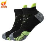 Mann-Baumwollknöchel-Form Sports Socken mit hohem Qual