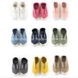 Высокое качество Hotsale ягнится подгонянная обувь ботинок холстины напольная вскользь (HP1214-1)