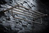 De muur zette het Rek van de Badkamers van Roestvrij staal 304 op
