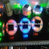 LED rondes en plastique à énergie solaire Cat Eye goujon de route