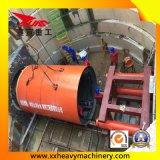 Tubo del canale sotterraneo dei sottopassaggi che solleva prezzo con il criccio della macchina