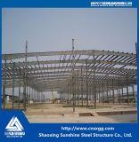 Struttura d'acciaio di disegno della costruzione per il magazzino e la tettoia