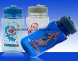 عالة بلاستيك حرّة يشخّص رياضات زجاجة