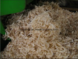 Utilizado en el molino que afeita de madera del caballo del pollo de la granja