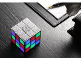 Altofalantes portáteis creativos de encaixe do mini - caixa baixa - injetor sadio de Bluetooth de Rubik