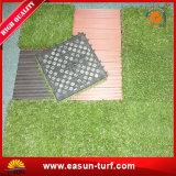 Alta qualità che collega le mattonelle artificiali dell'erba per il giardino DIY di paesaggio