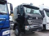 Rimorchio di lusso A7 di Cnhtc 420HP che trasporta camion