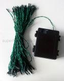 Recinto di filo metallico o indicatore luminoso verde a pile della stringa di uso LED del giardino