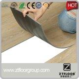 Usage d'intérieur et planche matérielle de plancher de PVC en bois de PVC