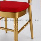 安い宴会Chiavariは金のタケ結婚式の椅子の議長を務める
