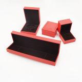 Коробка Flannelette чувствительной конструкции красная Flocking для ювелирных изделий (J117-E)